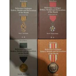 4 cataloghi sulle medaglie, decorazioni e ordini cavallereschi di tutto il mondo B.Barac
